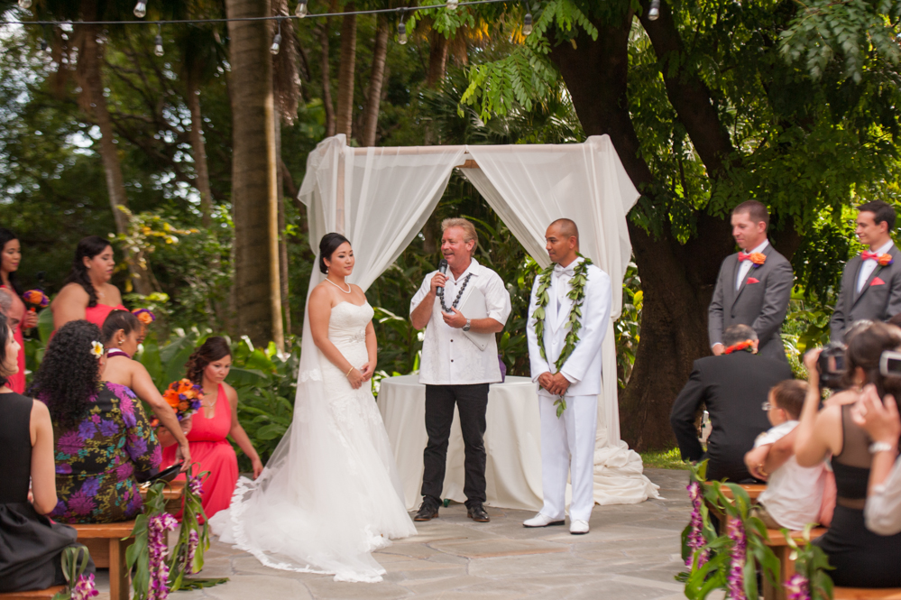 RachelRosePhotography_Destination_Wedding_Photographer_QueenEmma_Hawaii-32
