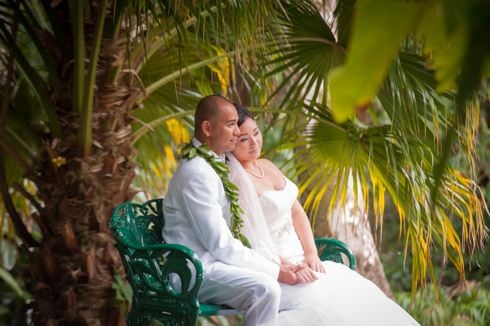 RachelRosePhotography_Destination_Wedding_Photographer_QueenEmma_Hawaii-47